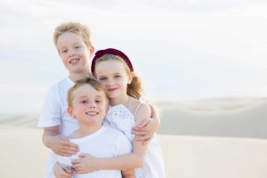 portraits newcastle hunter valley kids family engagement natural lights photography