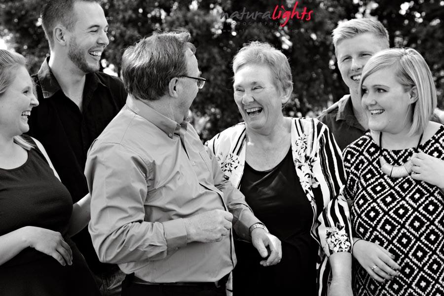 Giving Something Back- Family Photo Session from The Blue Mountains Bush Fires 2013