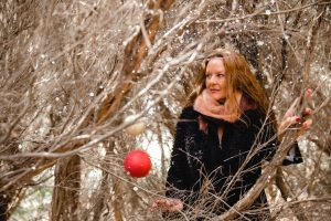 Unique Christmas Photos with women in winter at Catherine Hill Bay